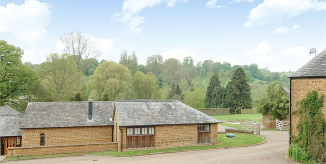 £1,395 per Calendar Month, 3 Bedroom Cottage House To Rent in Alkerton, OX15