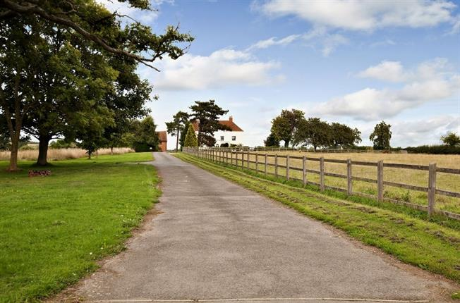 £2,100 per Calendar Month, 5 Bedroom House To Rent in Cubbington, CV33