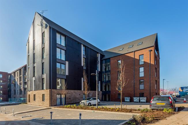 £1,295 per Calendar Month, 2 Bedroom Apartment To Rent in Stratford-upon-Avon, CV37