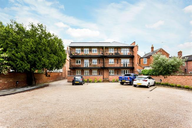 £900 per Calendar Month, 1 Bedroom Apartment To Rent in Stratford-upon-Avon, CV37