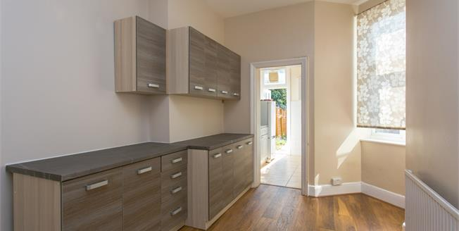 £2,750 per Calendar Month, 5 Bedroom Terraced House To Rent in London, SW2
