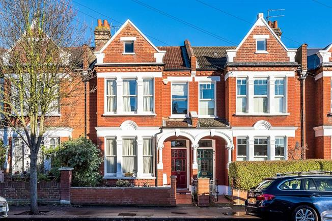 £3,400 per Calendar Month, 4 Bedroom Terraced House To Rent in London, SW17