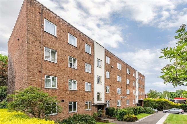 £1,500 per Calendar Month, 2 Bedroom Flat To Rent in London, SW16