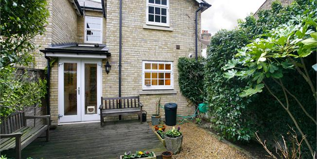 £2,500 per Calendar Month, 3 Bedroom House To Rent in London, SW14