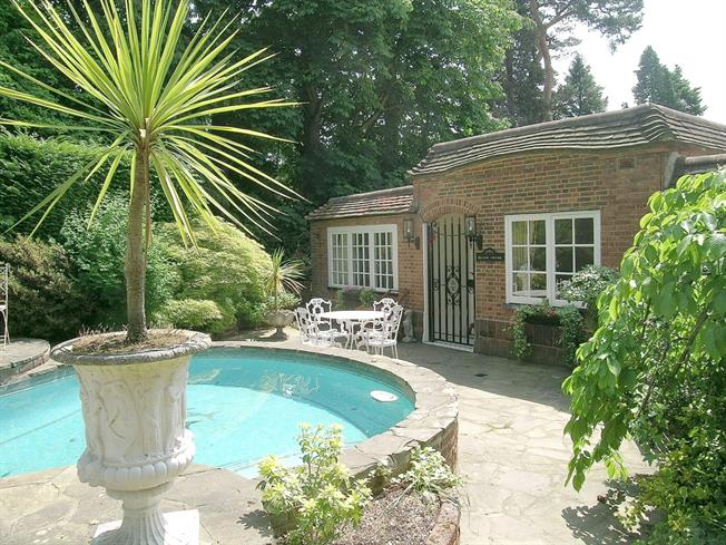 £4,996  per Calendar Month (Calculated), 3 Bedroom Bungalow To Rent in St Georges Hill, KT13