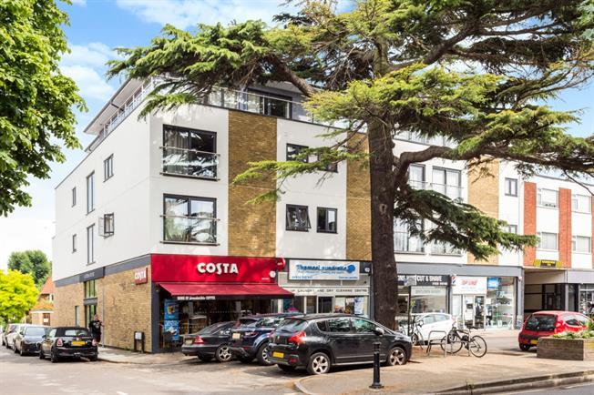 £995 per Calendar Month, 1 Bedroom Flat To Rent in Shepperton, TW17