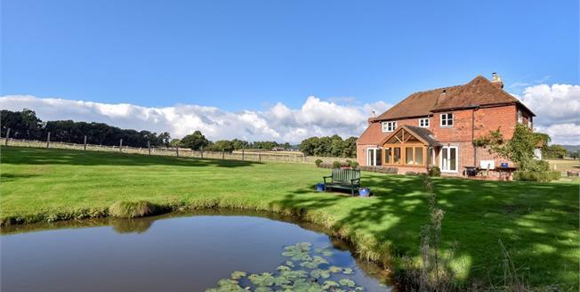 £3,500 per Calendar Month, 4 Bedroom Detached House To Rent in Edenbridge, TN8