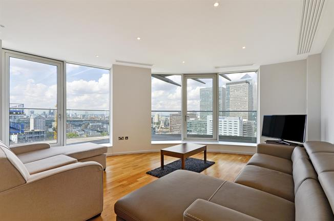 £4,333  per Calendar Month (Calculated), 2 Bedroom Apartment To Rent in London, E14