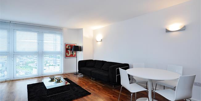 £2,015  per Calendar Month (Calculated), 1 Bedroom Apartment To Rent in London, E14