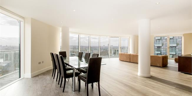 £4,766  per Calendar Month (Calculated), 2 Bedroom Apartment To Rent in London, E14
