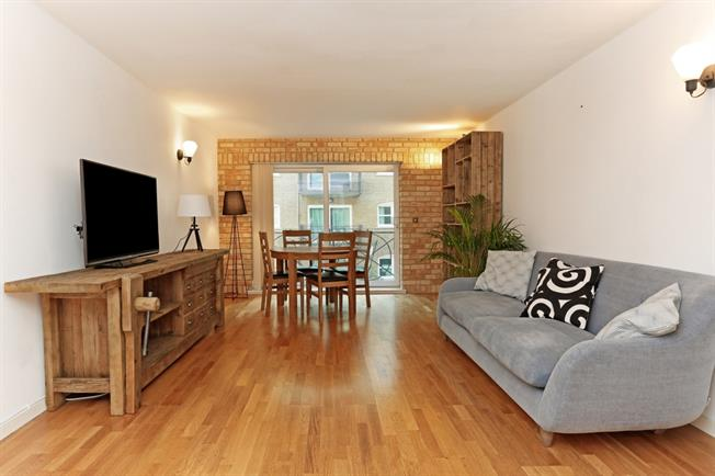 £1,560 per Calendar Month, 2 Bedroom Apartment To Rent in London, E16