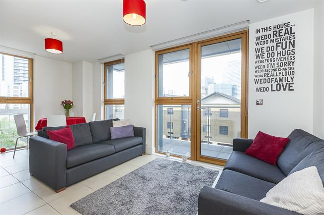 £1,500 per Calendar Month, 1 Bedroom Apartment To Rent in London, E14