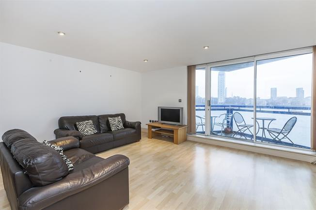 £1,993  per Calendar Month (Calculated), 2 Bedroom Apartment To Rent in London, E14
