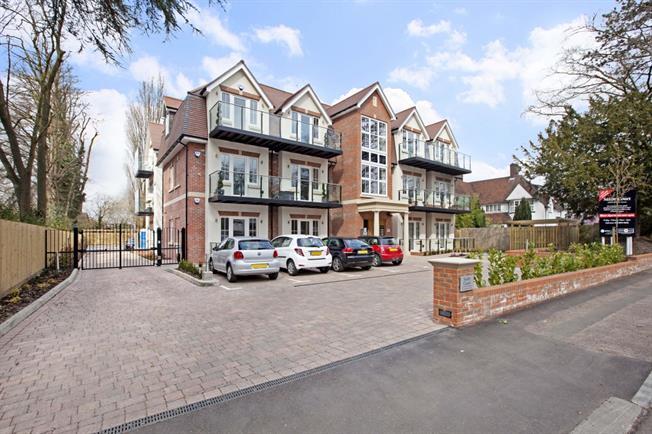 £1,710 per Calendar Month, 2 Bedroom Apartment To Rent in Bushey, WD23