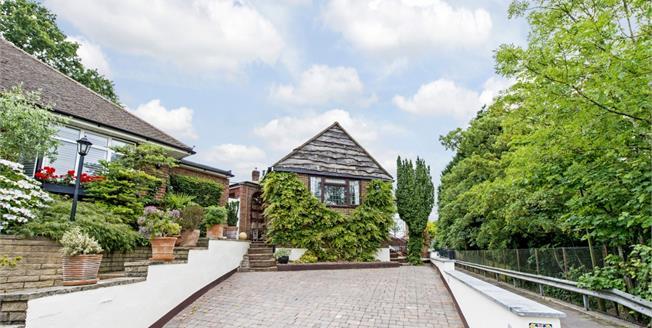 £2,250 per Calendar Month, 4 Bedroom Bungalow To Rent in Stanmore, HA7