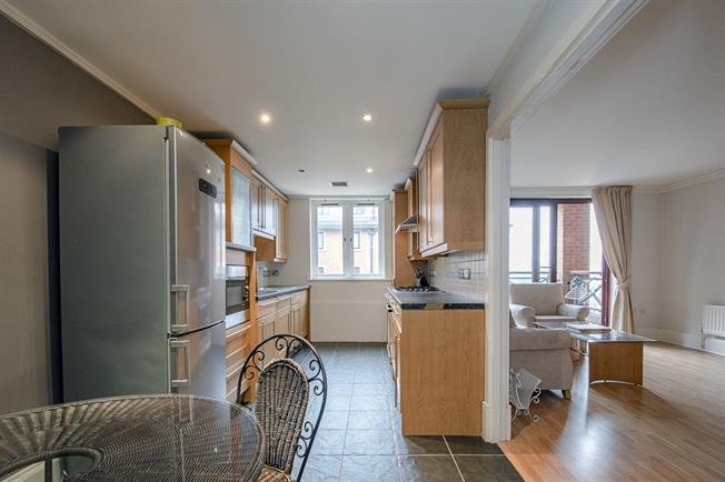 £1,900 per Calendar Month, 2 Bedroom Flat To Rent in Harrow, HA1