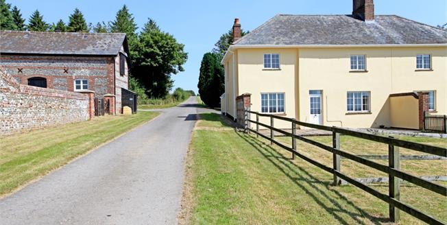 £1,425 per Calendar Month, 4 Bedroom Cottage House To Rent in Salisbury, Wiltshire, SP5