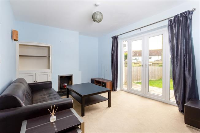 £800 per Calendar Month, 2 Bedroom Terraced House To Rent in Old Sarum, SP4