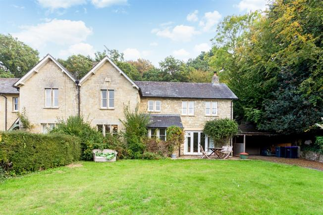 £1,250 per Calendar Month, 3 Bedroom Semi Detached House To Rent in Teffont, SP3