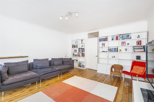 £2,300 per Calendar Month, 4 Bedroom Town House To Rent in London, SE10