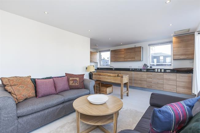 £2,695 per Calendar Month, 2 Bedroom Apartment To Rent in London, SE10