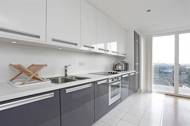 £1,495 per Calendar Month, 2 Bedroom Apartment To Rent in London, SE13