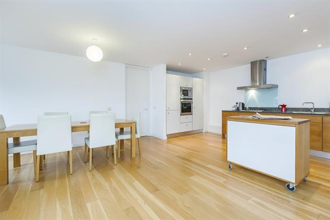 £2,200 per Calendar Month, 2 Bedroom Apartment To Rent in London, SE10