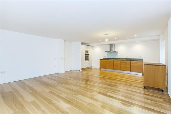 £2,000 per Calendar Month, 2 Bedroom Apartment To Rent in London, SE10
