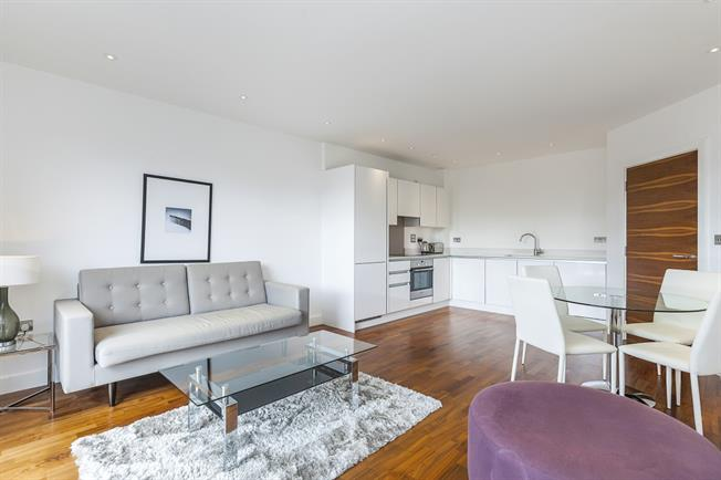 £1,550 per Calendar Month, 1 Bedroom Apartment To Rent in London, SE10