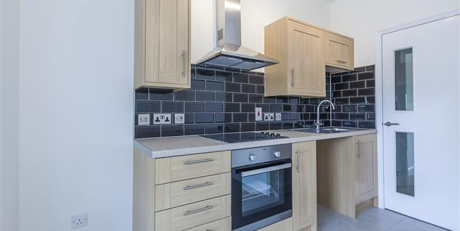 £1,225 per Calendar Month, 1 Bedroom Flat To Rent in London, SE3