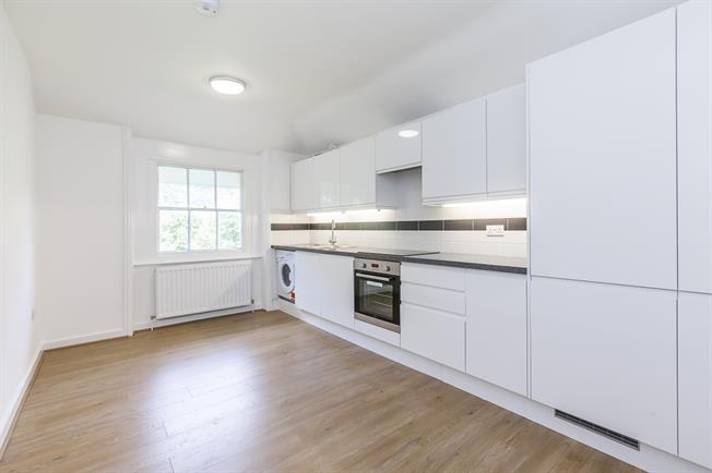 £1,750 per Calendar Month, 2 Bedroom Flat To Rent in London, SE3