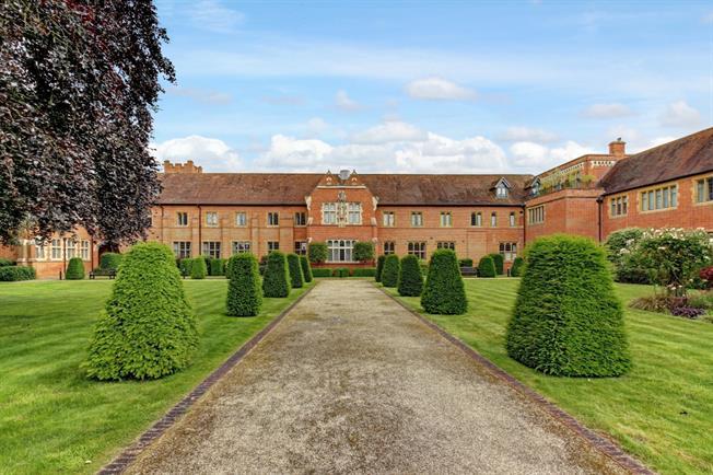 £1,343 per Calendar Month, 2 Bedroom Apartment To Rent in Upper Woolhampton, RG7