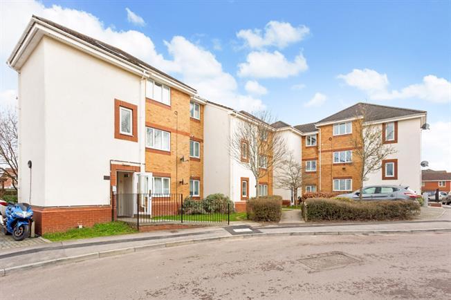 £795 per Calendar Month, 2 Bedroom Flat To Rent in Thatcham, RG19