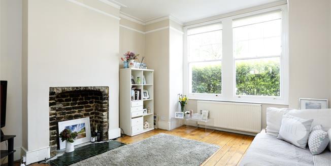 £1,750 per Calendar Month, 2 Bedroom Flat To Rent in London, SW18