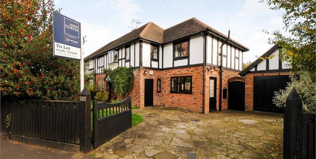 £3,100 per Calendar Month, 5 Bedroom House To Rent in Harpenden, AL5