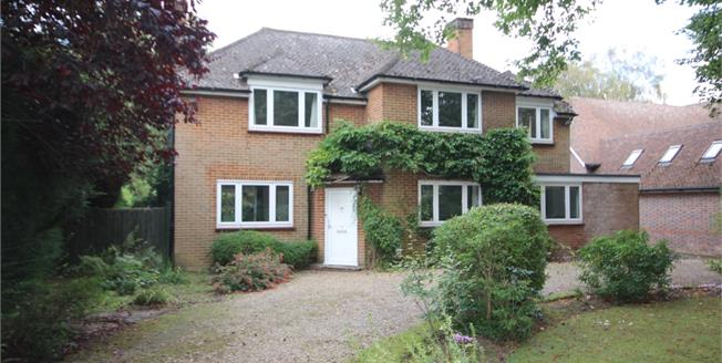 £3,500 per Calendar Month, 5 Bedroom Detached House To Rent in Harpenden, AL5