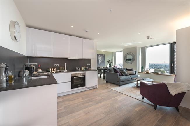 £2,101  per Calendar Month (Calculated), 1 Bedroom Apartment To Rent in London, N19