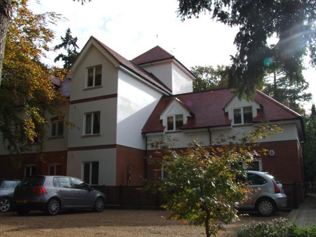 £1,475 per Calendar Month, 3 Bedroom Apartment To Rent in Dorking, RH4
