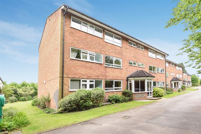 £1,175 per Calendar Month, 2 Bedroom Apartment To Rent in Reigate, RH2