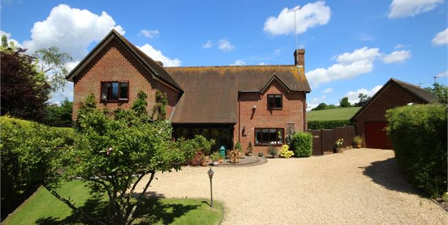 Guide Price £895,000, 4 Bedroom Detached House For Sale in East Tisted, GU34