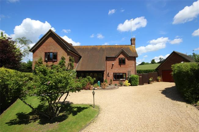 Guide Price £795,000, 4 Bedroom Detached House For Sale in East Tisted, GU34