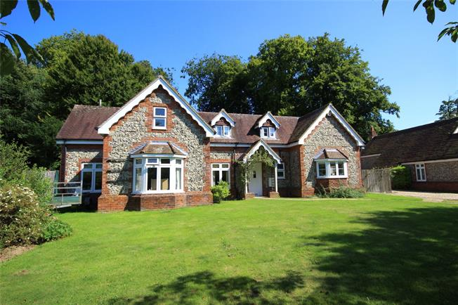 Offers in excess of £625,000, 4 Bedroom Detached House For Sale in East Tisted, GU34