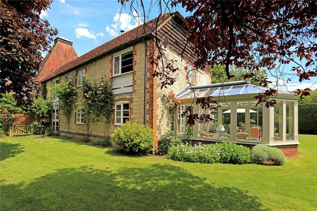 Guide Price £895,000, 5 Bedroom House For Sale in East Worldham, GU34