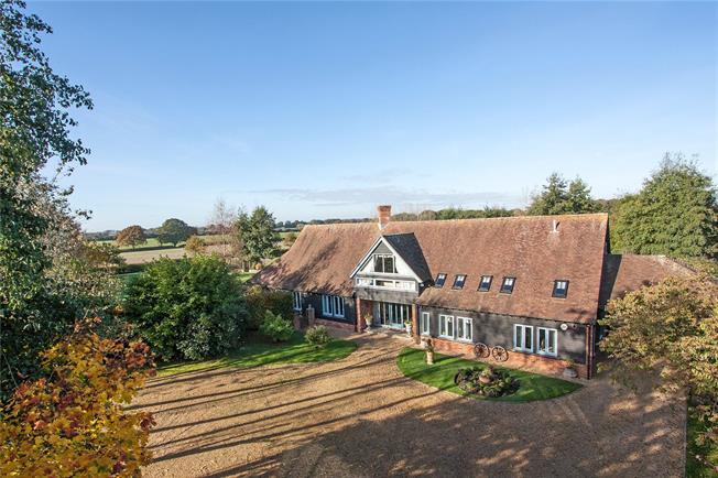 Guide Price £1,800,000, 6 Bedroom Detached House For Sale in Medstead, GU34