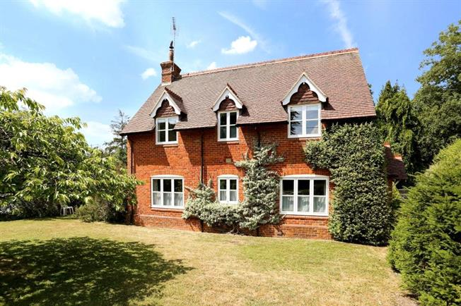 Offers in excess of £1,100,000, 4 Bedroom Detached House For Sale in Selborne, GU34