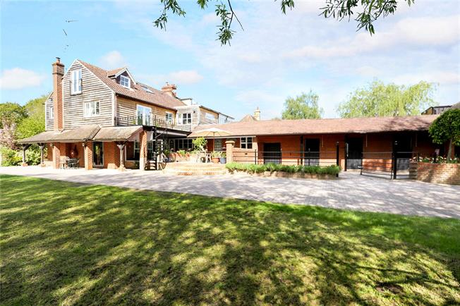 Guide Price £899,500, 5 Bedroom Semi Detached House For Sale in Oakhanger, GU35