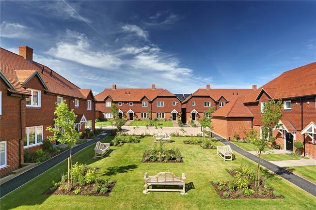 Asking Price £395,000, 2 Bedroom House For Sale in Medstead, Alton, GU34