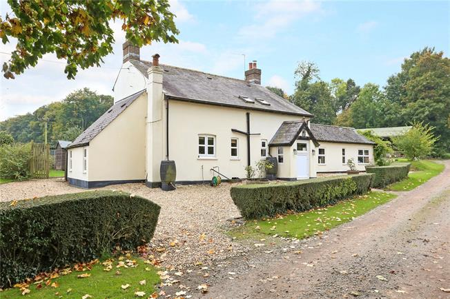 Guide Price £995,000, 5 Bedroom Detached House For Sale in Alton, Hampshire, GU34