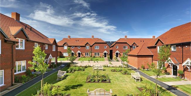 Asking Price £375,000, 3 Bedroom House For Sale in Medstead, Alton, GU34