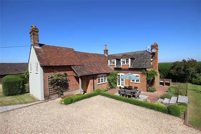 Guide Price £850,000, 4 Bedroom Detached House For Sale in Alton, Hampshire, GU34